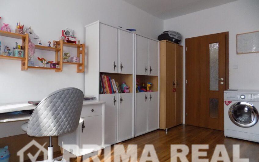 Rezervované: 2-izbový byt, 63 m2, obrovská LOGGIA, Košúty